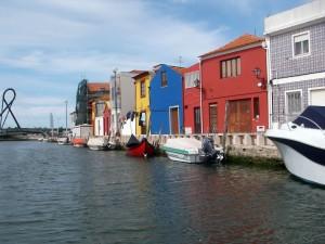 Conjunto_de_Armazéns_do_Sal_do_Canal_de_São_Roque_ou_Palheiros_de_sal_do_Canal_de_São_Roque_-_envolvente_3